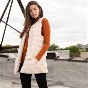NWT INC International Concepts Faux Fur Duster